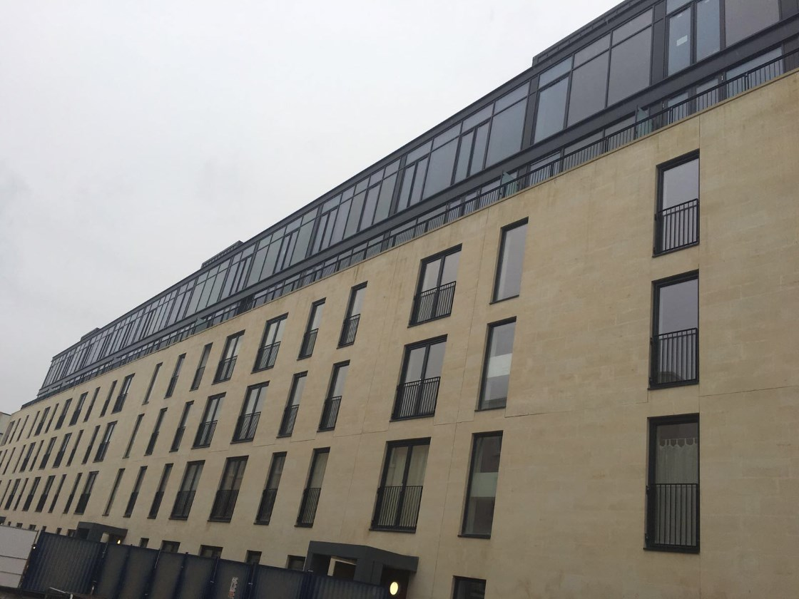 Aluminium apartment Windows - Bath