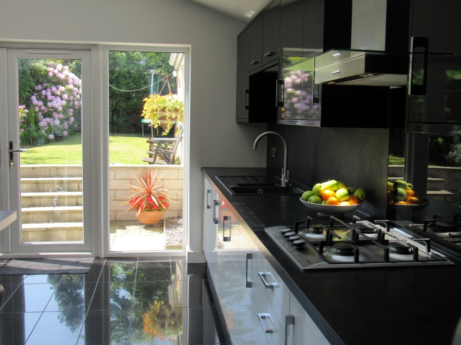bespoke kitchen aintree