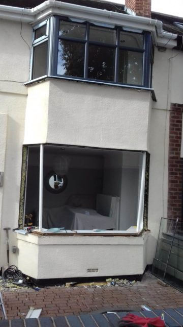 bay window, aluminium, windows, home, building, replacement, renovation, anthracite grey, celsius home improvements, pvc, upvc, home, southport, grey