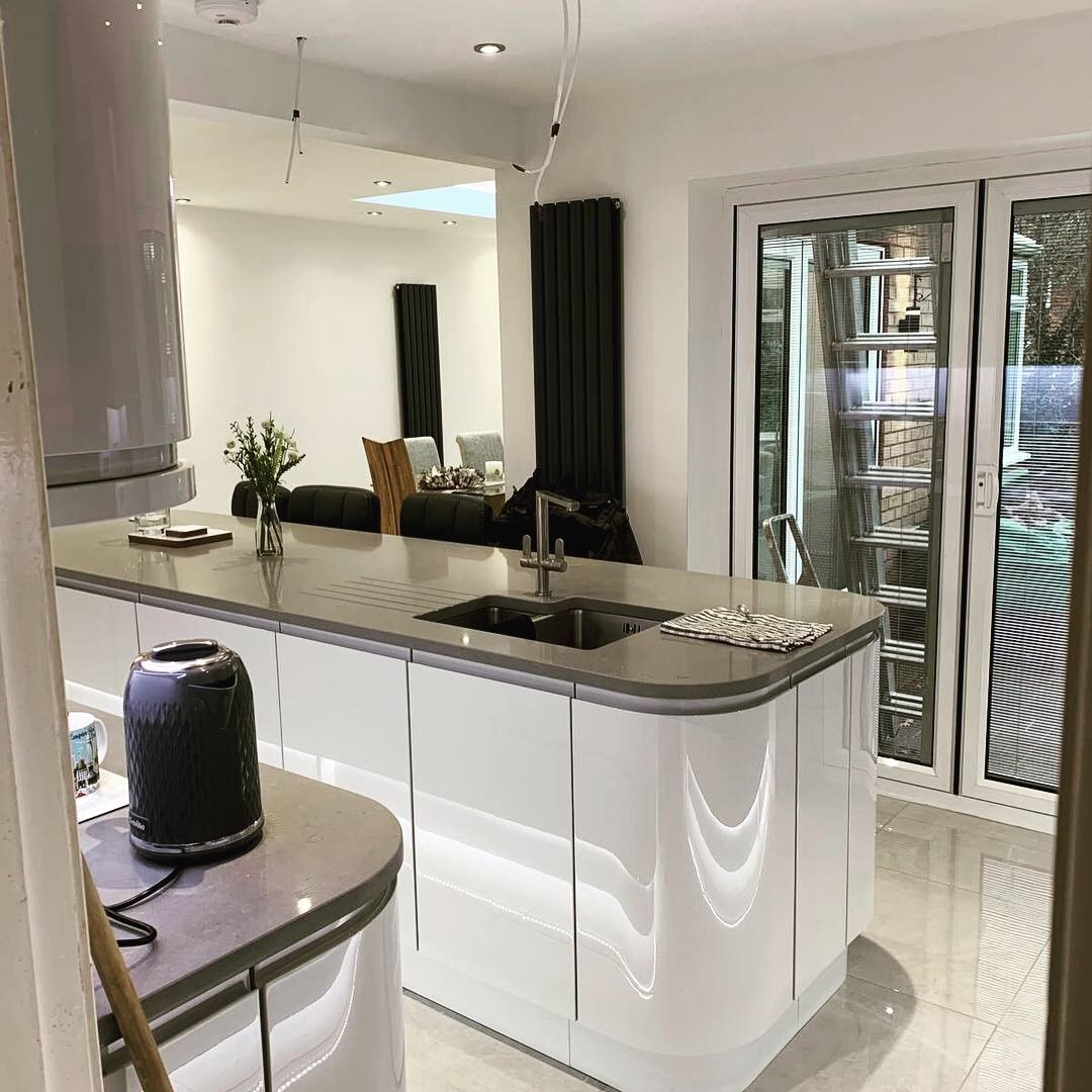 kitchen, remodel, design, installation, oven, worktops, tiles, roof lantern, spotlights